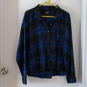 NWOT Blue and black plaid shirt
